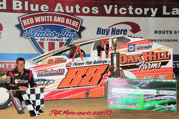 Von Dohren Claims Third Coalcracker In Front Of Capacity Crowd At Big Diamond Speedway