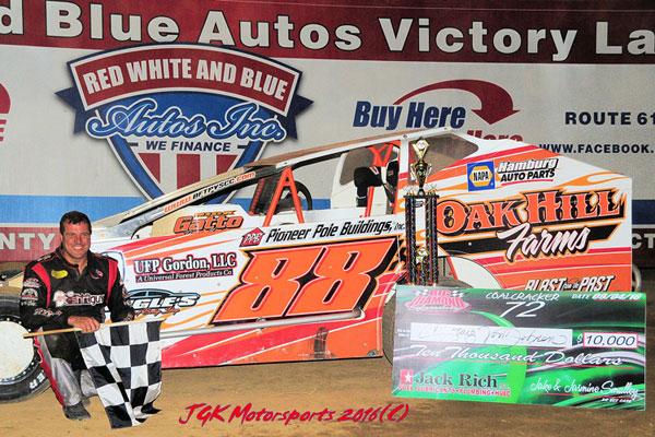 Von Dohren Claims Third Coalcracker In Front Of Capacity Crowd At Big Diamond Speedway